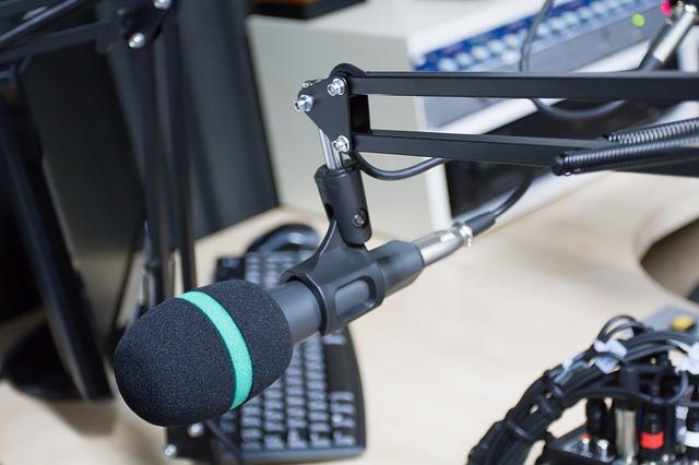 mikrofon v rádiu
